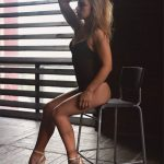 Escort Izmir Whatsapp dreamy mistress Ksiu shows that just one thing separates you from complete sexual happiness – her black bodysuit you shall take off