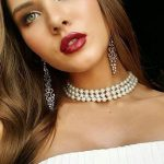 Outcall escort Izmir Diana is impeccable in face and style wearing all this jewelry