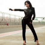 Izmir escort kızları Angelina is on the race track as if catching up a car to have a wild ride